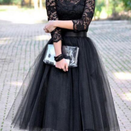Beautiful black ball gown with lace..