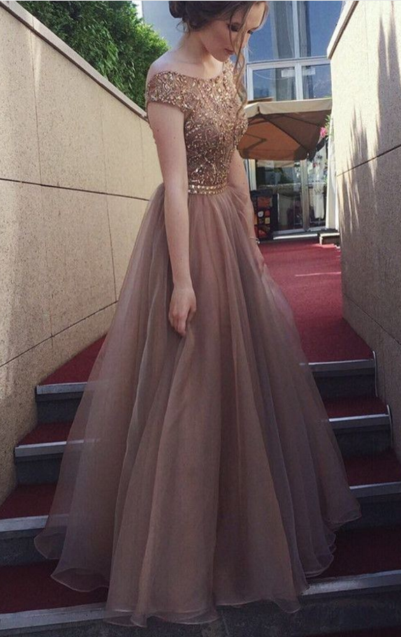 2e6fbf9d20c5 Tulle V-back Coffee Prom Dress