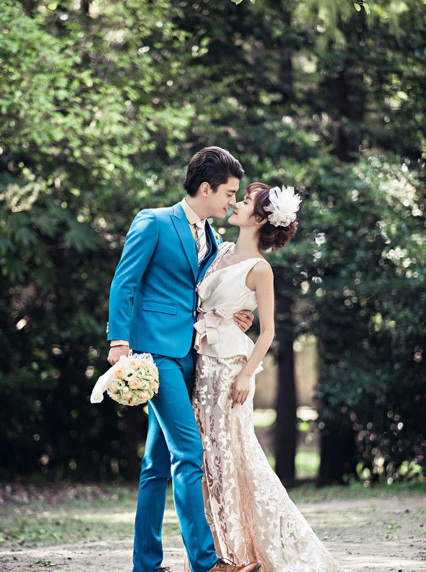 Wedding Suits,groomsman DRESS New Slim Fit Men Groom Suit Tuxedos Formal Groomsmen Wedding Suits Custom Made Jackets+Vest+PantsNew Stock Lake Blue Men Slim Fit Suits Formal Groom Tuxedos Jacket+Pants+Vest