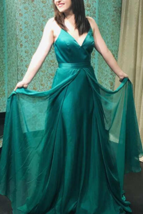 New Arrival V Neck Green Formal Evening Gown Floor Length Prom Dress Chiffon