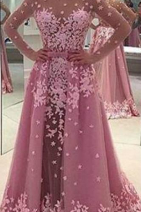Modest Design Floral Long Sleeve Evening Dresses Illusion Sheer Lace Custom Saudi Arabia Long Party Prom Dresses Pageant Gown