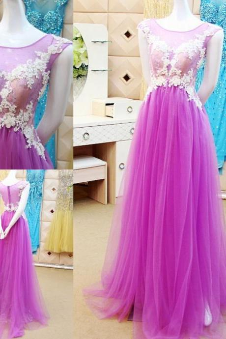 3D-Floral Appliques Wedding Dresses Hollow Back Sweep Train Sheer Neck Beaded Scoop Collar Pleats New Wedding Dress Bridal Gown Vestido