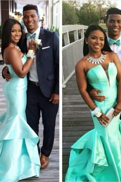 Plunging Neckline Mint Green Mermaid Evening Dress Prom Gown Formal Occasion Dress