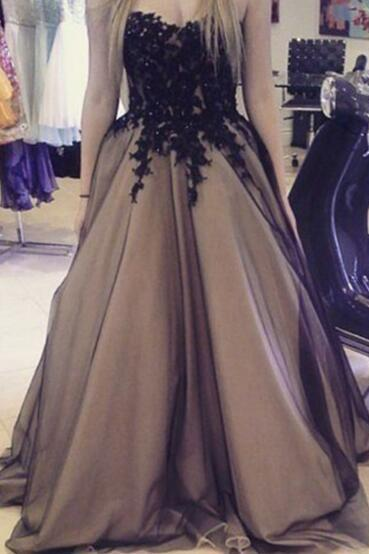 Champagne Prom Dresses,Sweetheart Black and Champagne Ball Gown Dresses, Prom Dresses, Party Gowns