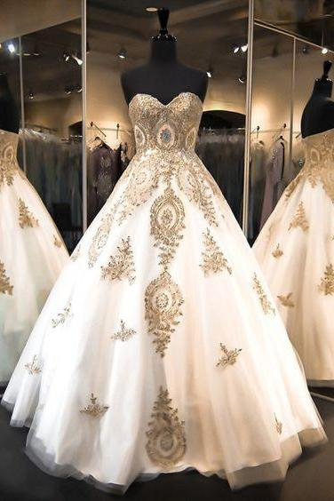 Gold Lace Appliques Sweetheart Floor Length Tulle Wedding Gown