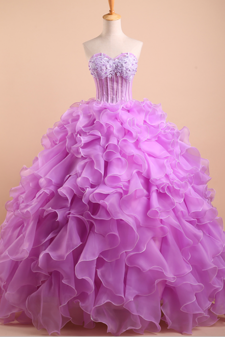 Sweetheart Floor-length Quinceañera Dress with Ruffled Layers