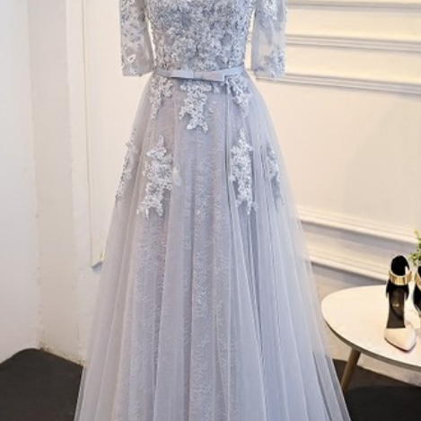 The mother of grey lace wedding dress starts the bridegroom's bridesmaid dress in the evening evening dresses