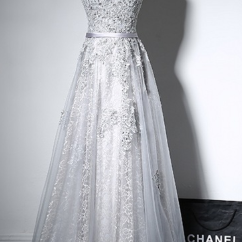 Grey silver evening dress in the women's square thin gauze begins formal evening gown in the evening gown of the gown