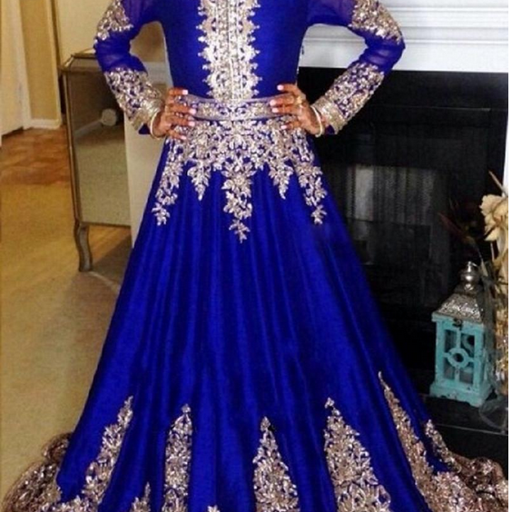 Muslim dress islamic robe lace embroidered long-sleeved Arabian robe evening gown of Moroccan gown