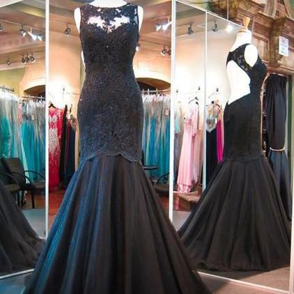 Scoop Neckline Sweetheart Lining Black Mermaid Lace Appliques Tulle Long Prom Dress with Backless